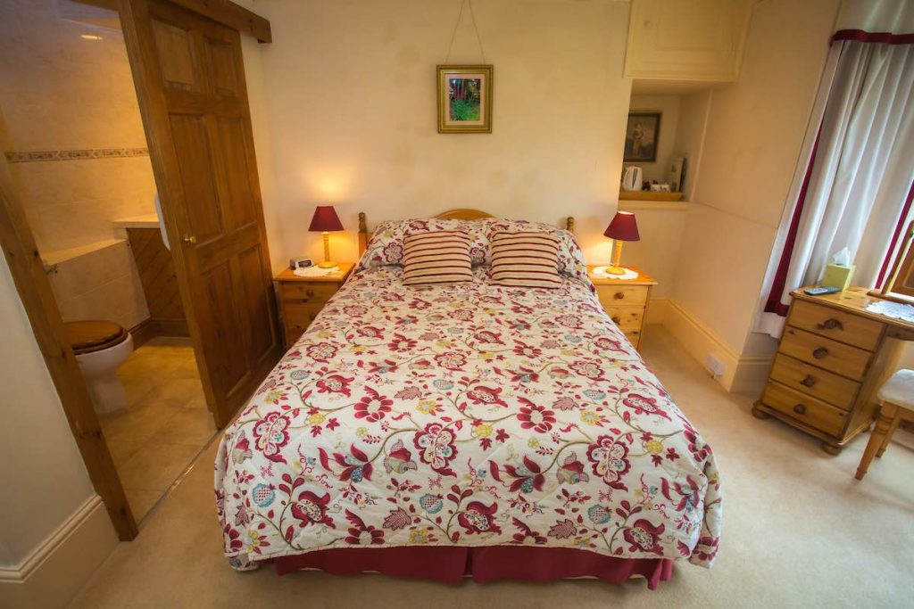 bed-breakfast-dryslade-farm